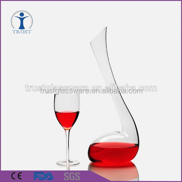 Hand Blown High quality fashion animal shaped clear art glass decanter wholesale