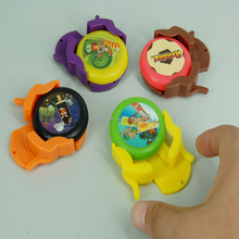 Promotional cheaper plastic flying launcher disc toy
