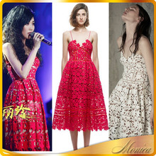 The New Summer A-Lin In Same Europe And The United States Big Lace Water Soluble Hollow Out The Harness Dress