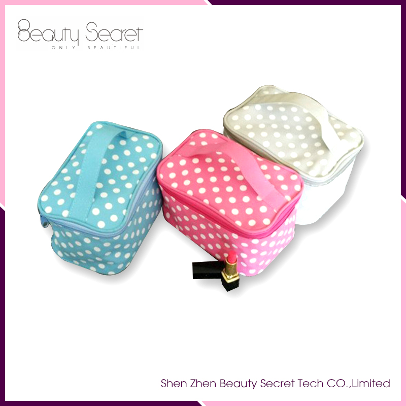 2016 Cheap Wholesale Portable Makeup Bags Cosmetic Case