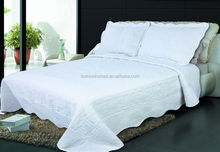 Hand white embroidery quilt/brand name bed sheets