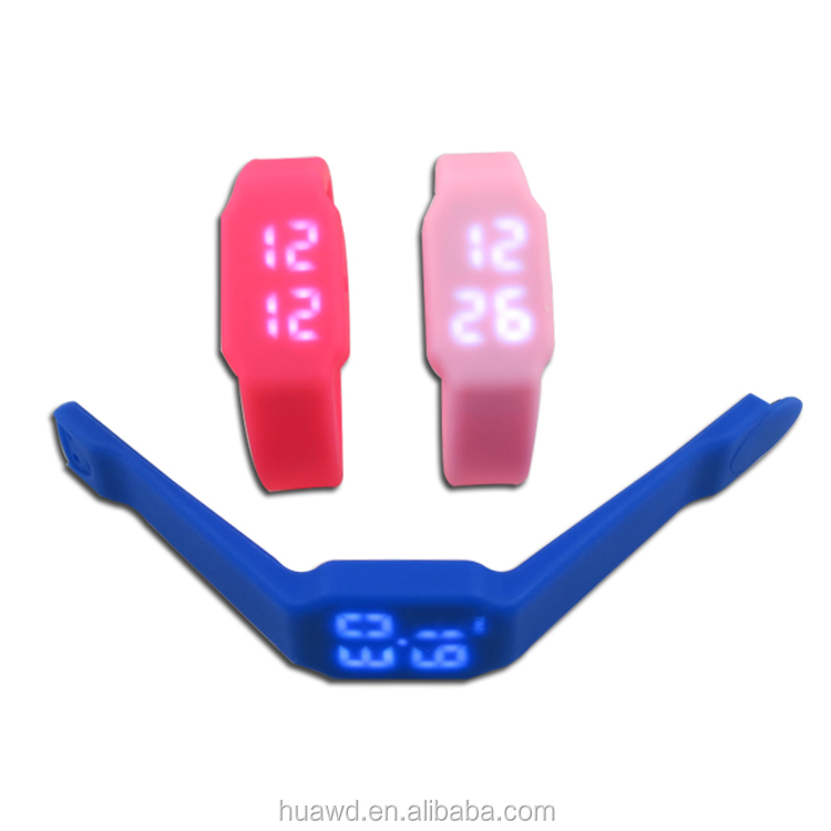 Multifunctional Silicone 32gb LED Flashing Wristband Watch Bracelet Usb with High Quality