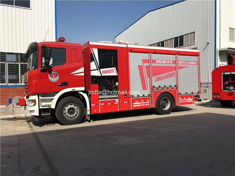 fire fighter truck03.JPG