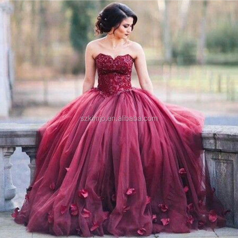 Wine Red Prom Dresses Arabic Ball Gown Lace Appliques Floor Length Evening Dresses Party Dress