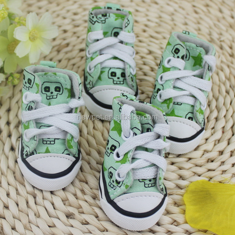 High quality new coming crossbones pet canvas shoes dog sport shoes and sneakers