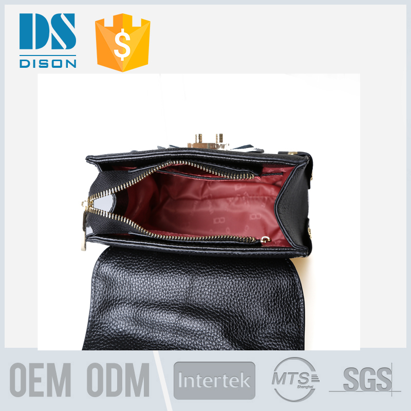 hot sale good feedback leather daily use handbags with long metal chain