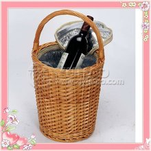Hottest Wicker Wine Carrier Basket With Cooler Bag