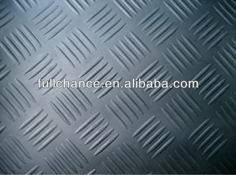 5-Bar Checker Plate Natural Rubber Mat