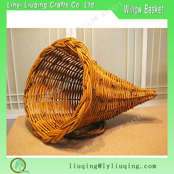 RARE Collectible HUGE Woven Braided Vintage Cornucopia Wicker Fruit Basket Horn Of Plenty Centerpiece