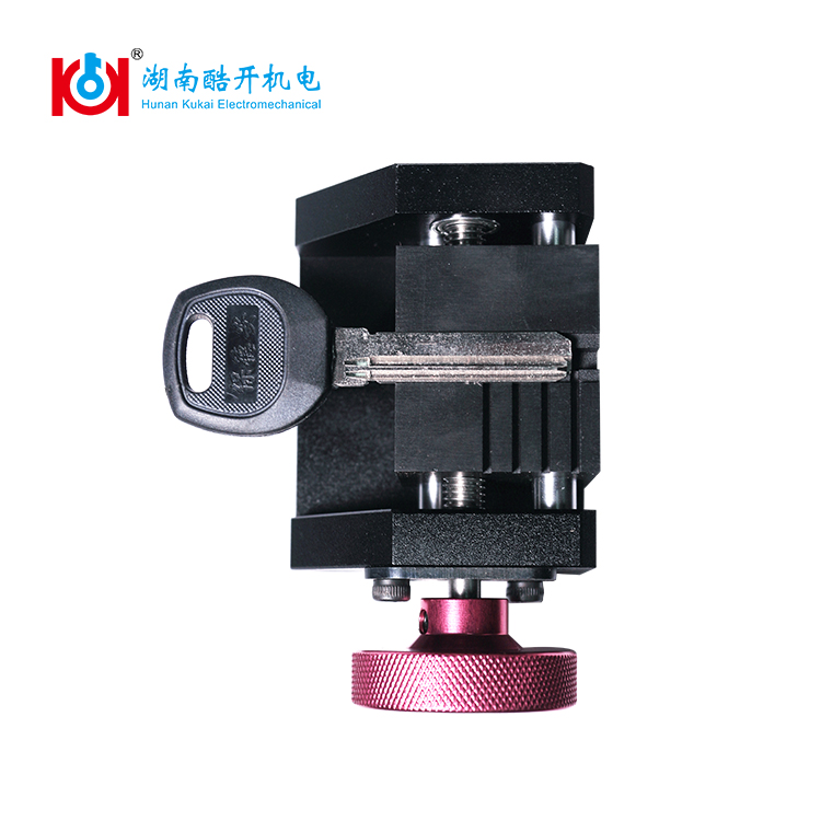 Special sec e9 key cutting machine clamps used for dimple house keys decoder and cutter are requested