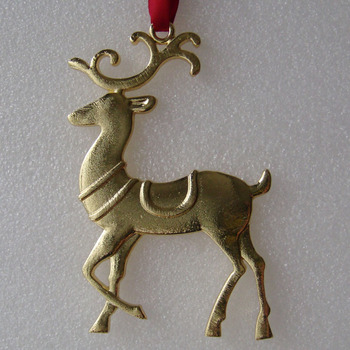 Gold Plating Reindeer Shaped Christmas Tree Decor Metal Ornament