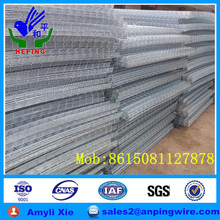 Galvanized welded wire mesh Panel and welded mesh roll ISO9001