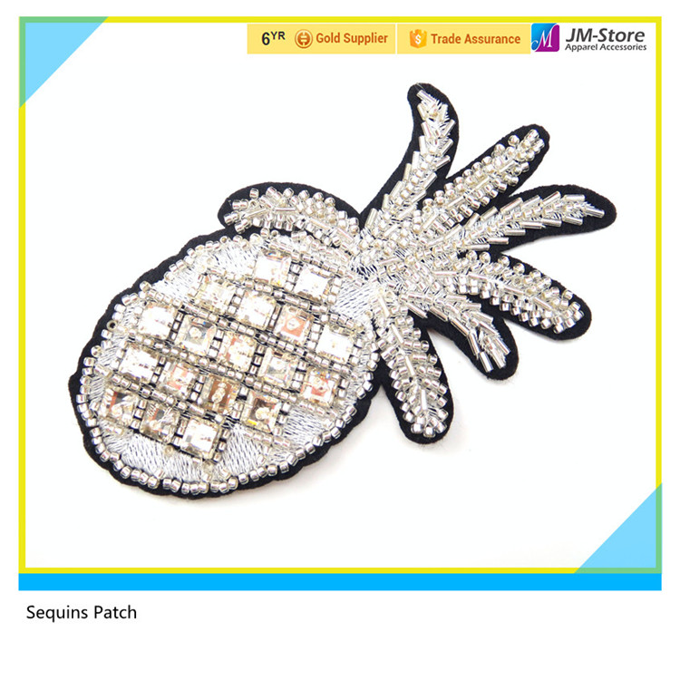 New Fashion Sequin Pineapple Patches with Glass Stones and Crystal Beads for Clothes