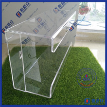 2016 China first hand factory clear acrylic glove holder / boxing glove display case
