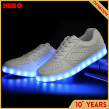 2017 New design girl shoes with led light with CE certificate