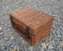2014 hotsell large wicker hamper gift storage basket perfect in design and size