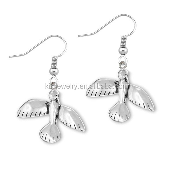 Best Seller Silver Steel Jewelry Flying Bird of Peace Animal Earrings