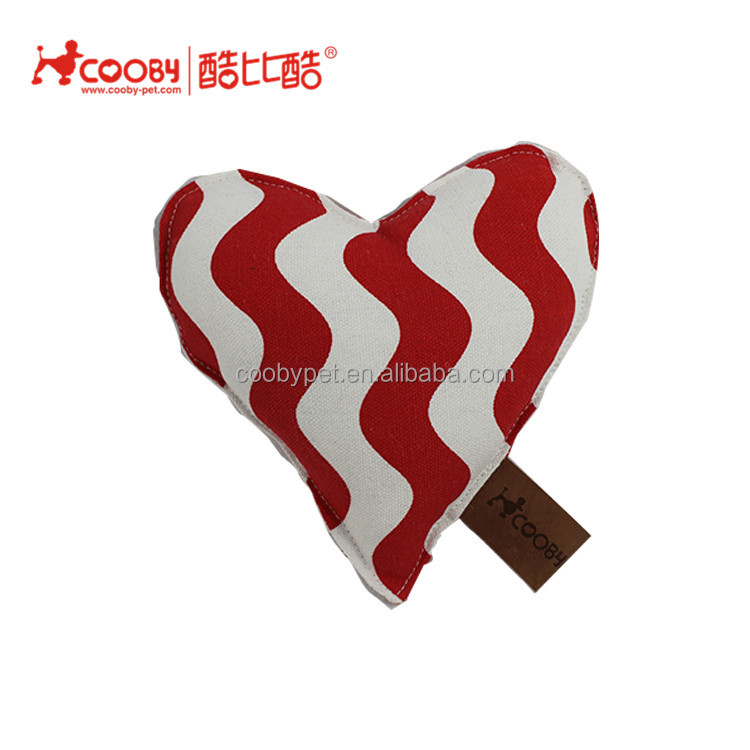 New style hot sale Useful luxury pet accessories Heart shape cotton linen pet dog toy