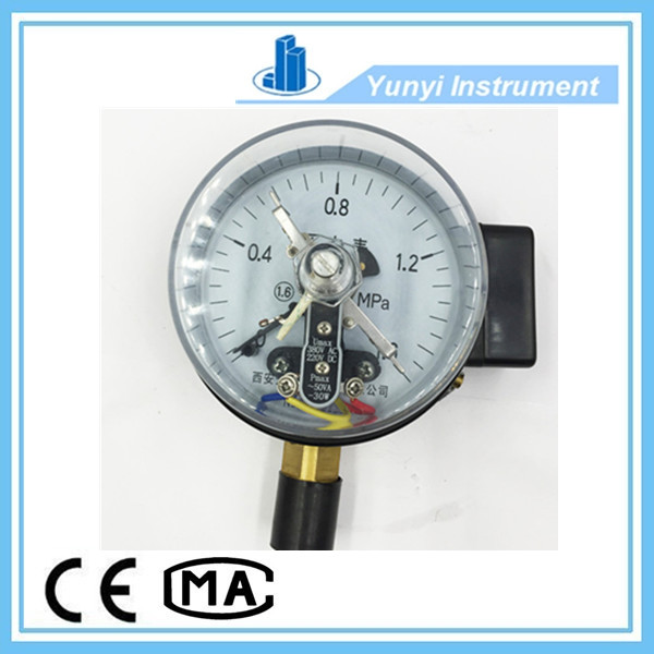 vacuum pressure gauge with electric contact