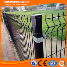 Wire mesh electric poultry fencing