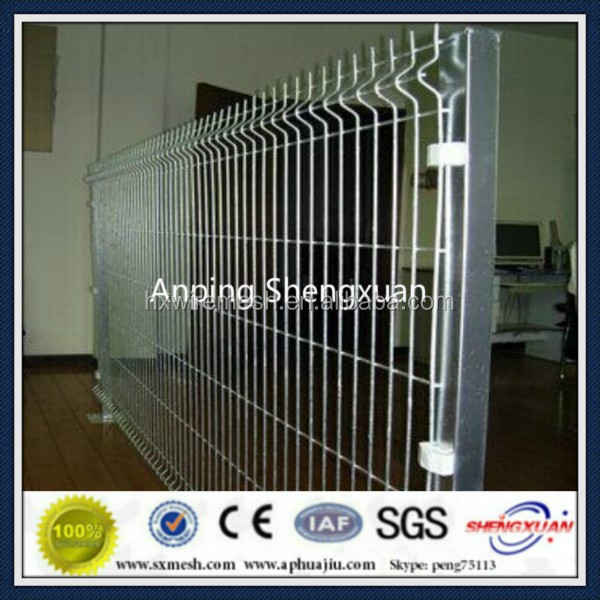 Galvanized without Painting Welded Type Wire Mesh Fence