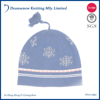 Cute Customize 100% Cotton Snowflake Pattern Fall Winter Warm Unisex Child Kids Boy Girl Multi Color Knit Beanie Hat With Tassel