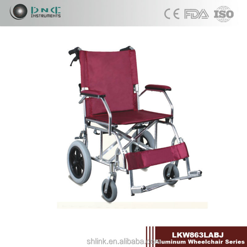 Portable travel wheelchair with locking united brake LKW863LABJ