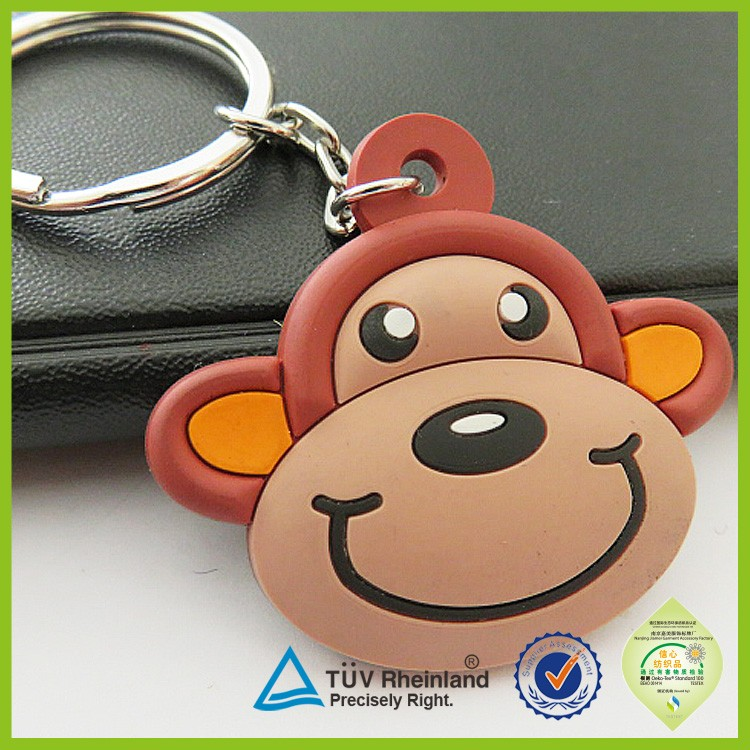 Custom high quality personlized logo 2015 rubber pvc keyring