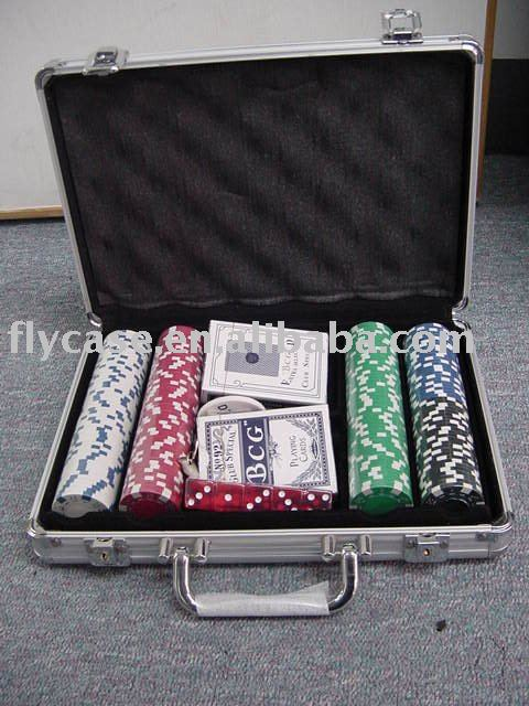 2015 new design USA style poker set with dice playig cards chips and stick