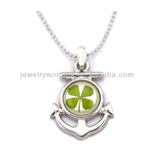 Four leaf clover jewelry, lucky four leaf clover pendant necklace