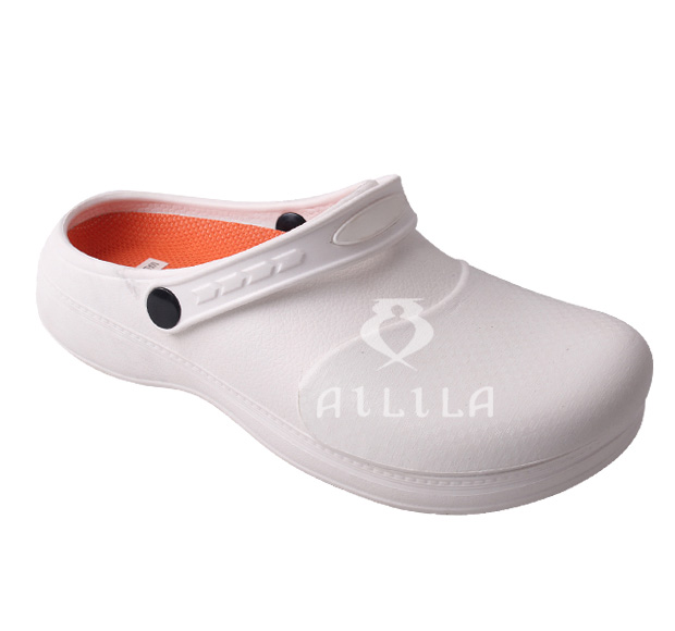 New anti slip shoes kitchen hospital lab safety clogs