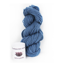 Lotus 85% Extrafine Merino 15% Cashmere Blended Yarn / Colored Hand Knitting Yarn / Sweater&Scarf Yarn