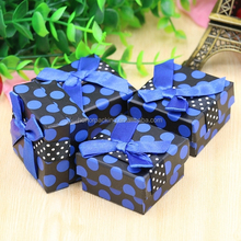 Wholesale fancy dotted paper jewelry box with foam insert