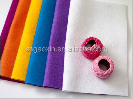 Different color nonwoven wool felt
