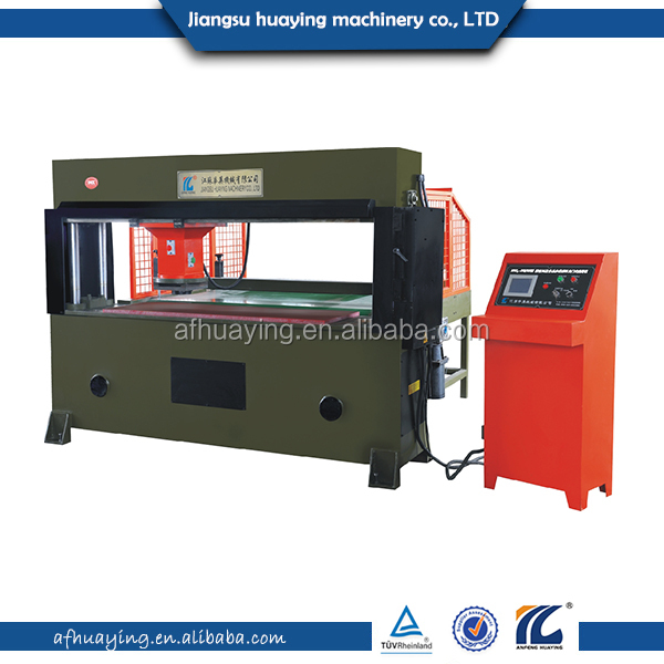 Hydraulic automatic die cutting machine for cloth or fiber