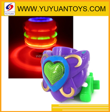 wholesale plastic children toy wooden spinning tops