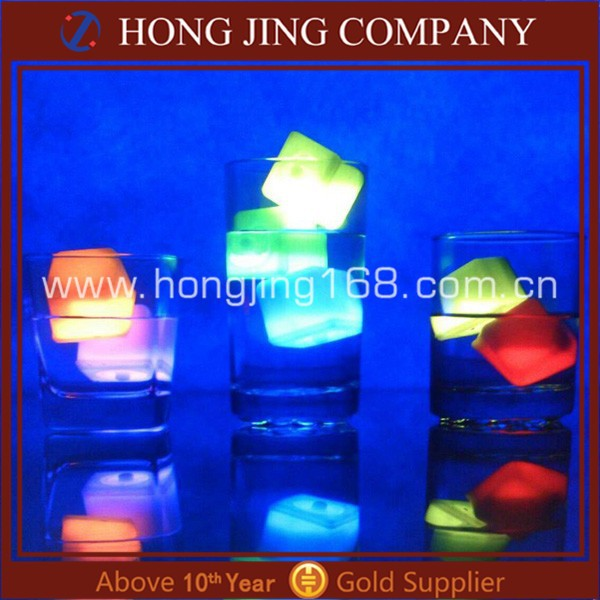 30MM Plastic Dice Glow Ice Cubes