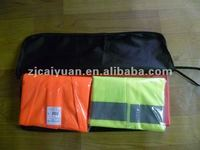 car emergency kits with 1pc warning triangle & 2pc sfety vests