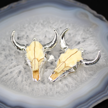AM-YGH159 Wholesale Bull Head Pendants with Silver Plated,Fashion Silver Plated Resin Animal Skull Cattle Head Pendants
