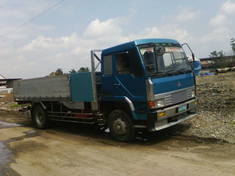Fuso Fighter FU 8 stud Japan Surplus
