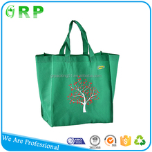 Wholesale 80gsm reusable foldable eco promotional fashionable oem non woven shopping bag