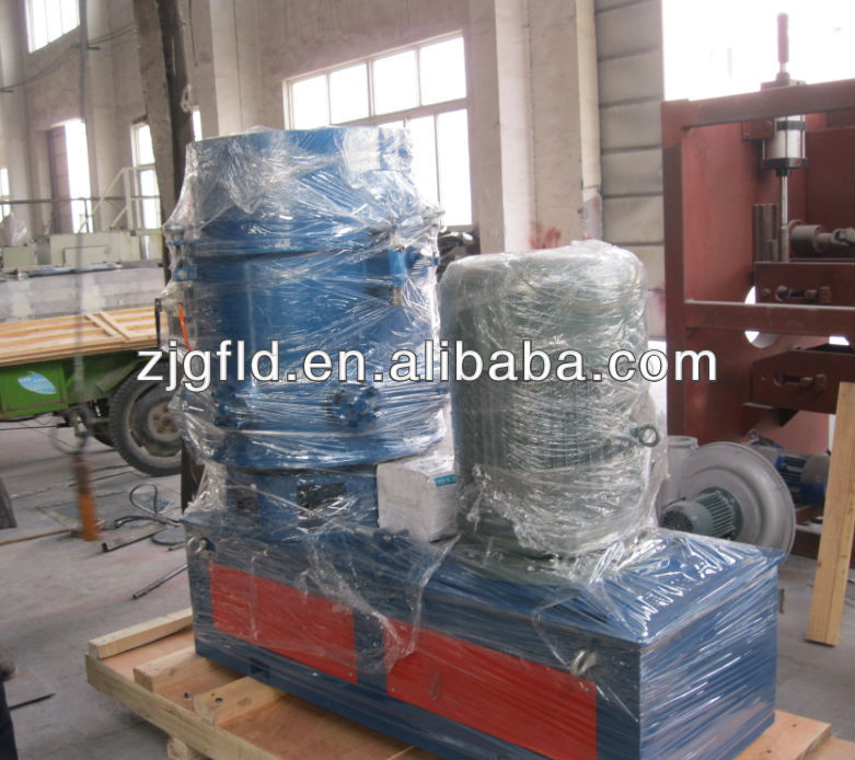 Recycled plastic agglomerator