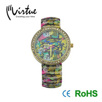 Colored fashion watch with gift box packing