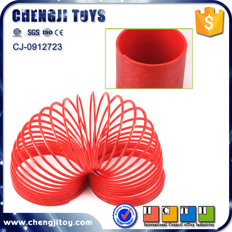 Cheaper promotion plastic rainbow spring slinky toy