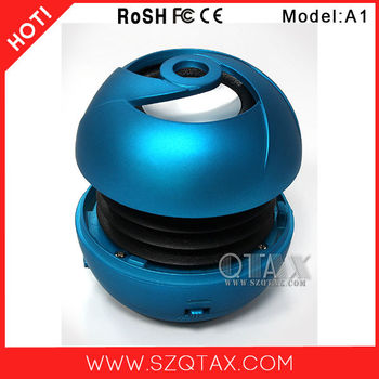 2013 new portable multimedia speaker can be use in pair with 18 months warranty up to 12 hours playback