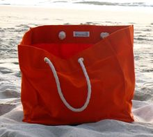 Plastic Beach Bag Waterproof Beach Bag With Pockets