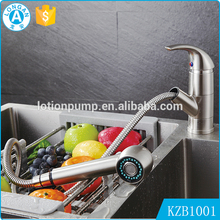Hot & Cold Water Single Handle Zinc Alloy Coated Brass Material Pull Out Kitchen Mixer