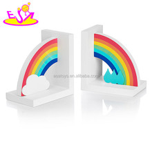 2017 brand new children rainbow wooden decorative bookends for sale W08D065
