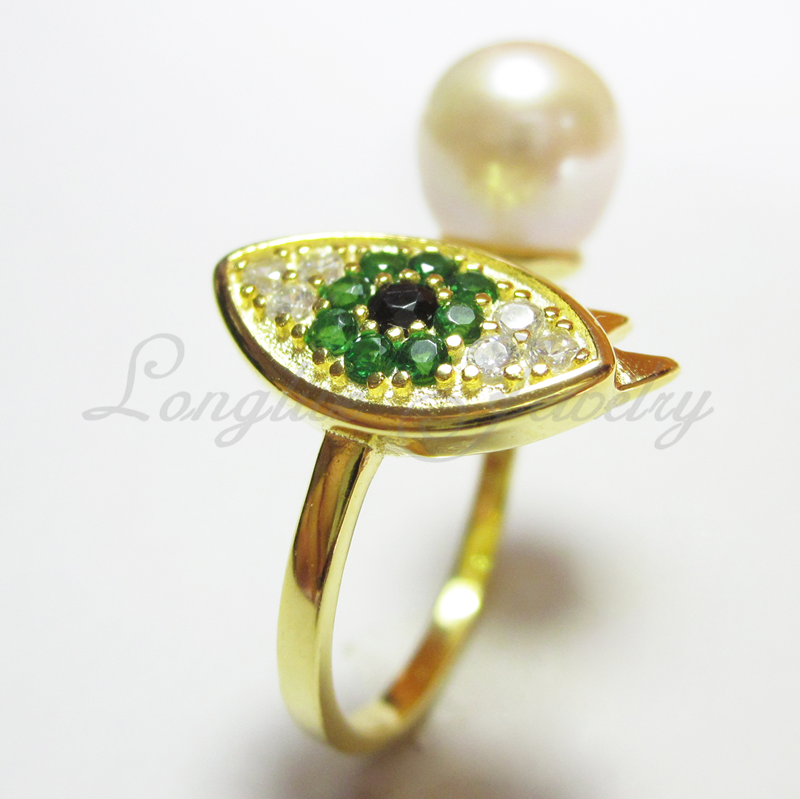 Peridot ring with natural pearl 18K Gold plating evil eye ring