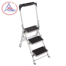 Factory Price Strengthen Aluminum 4 Steps Safety Ladder With Handrail